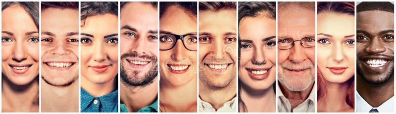 Gelukkige groep multi-etnische mensenmannen en vrouwen royalty-vrije stock afbeelding