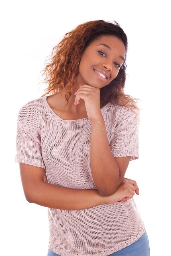 Gelukkige jonge Afrikaanse Amerikaan isoleerde op witte achtergrond - Blac royalty-vrije stock afbeelding