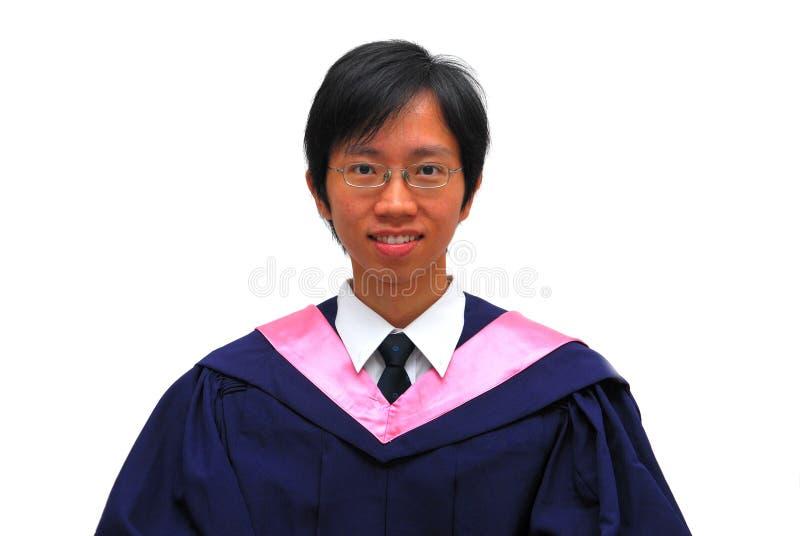 Gelukkige, jonge Aziatische studentengediplomeerde stock foto's