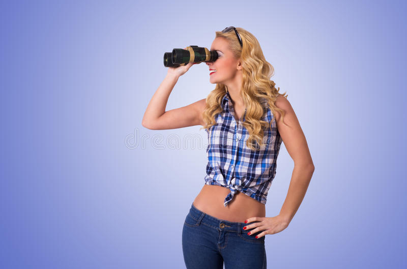Download Gelukkige Jonge Vrouw stock foto. Afbeelding bestaande uit persoon - 39110634