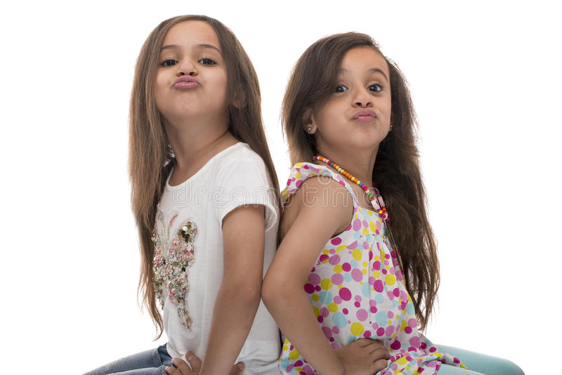 Gelukkige jonge zusters royalty-vrije stock fotografie