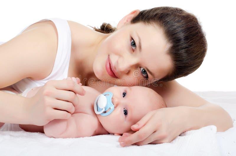Gelukkige moeder met baby royalty-vrije stock fotografie