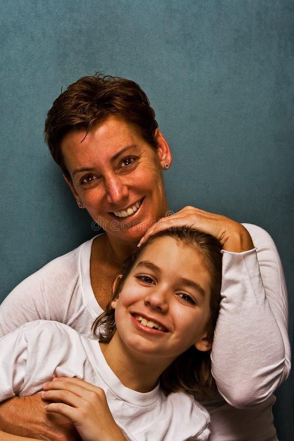 Gelukkige moeder met zoon royalty-vrije stock afbeeldingen