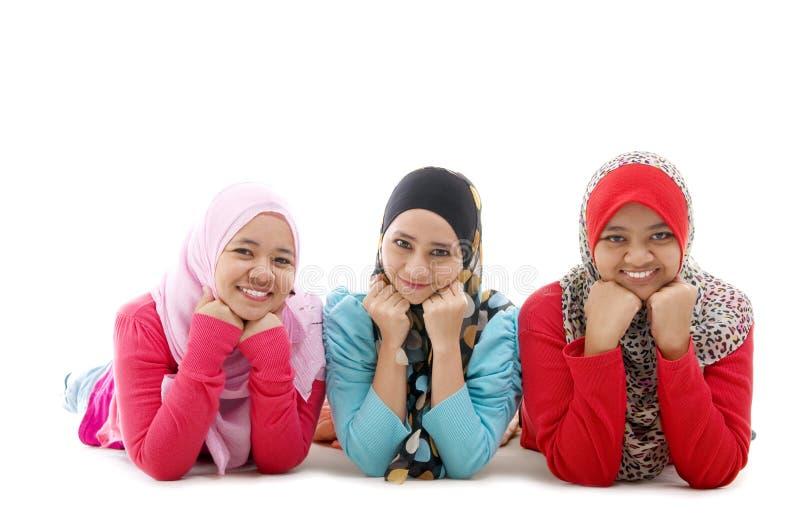 Gelukkige moslimmeisjes royalty-vrije stock foto's