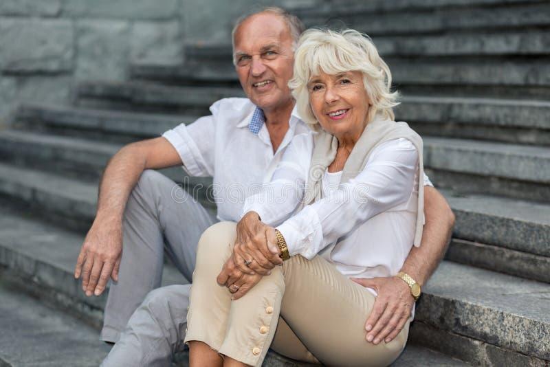 Gelukkige pensionering met dichte persoon royalty-vrije stock afbeelding