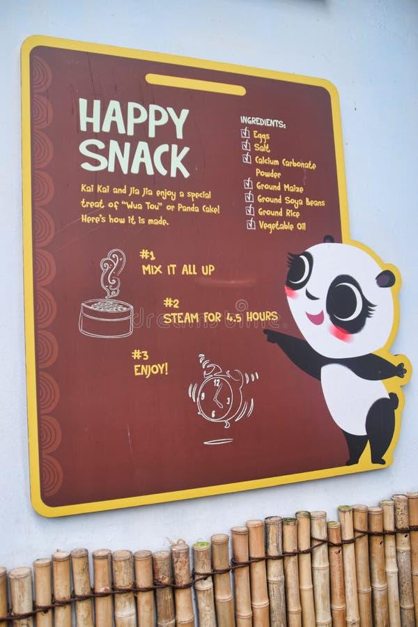 Gelukkige Snack voor de Panda's stock afbeelding
