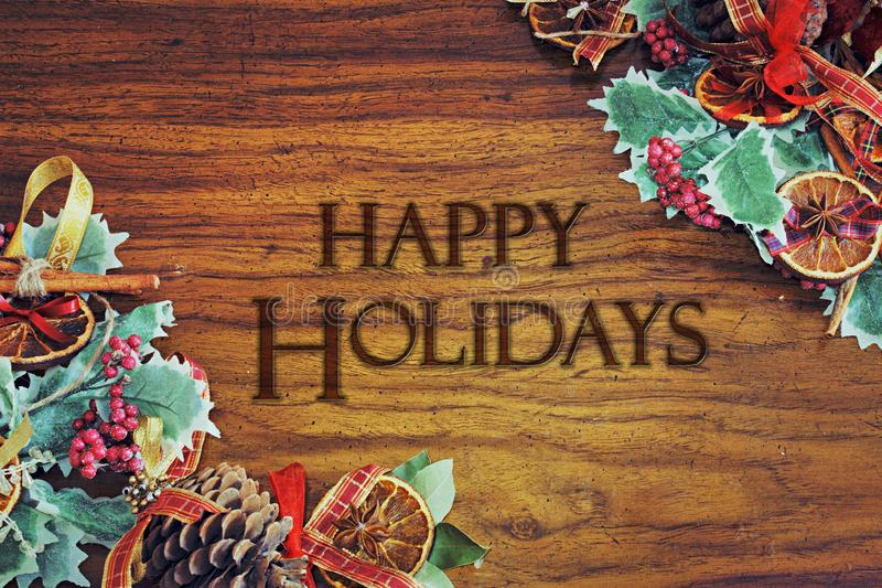 Gelukkige Vakantie - het Warme malplaatje van de de groetkaart van het Kerstmisthema met de decoratie van de Kerstmisboom vector illustratie