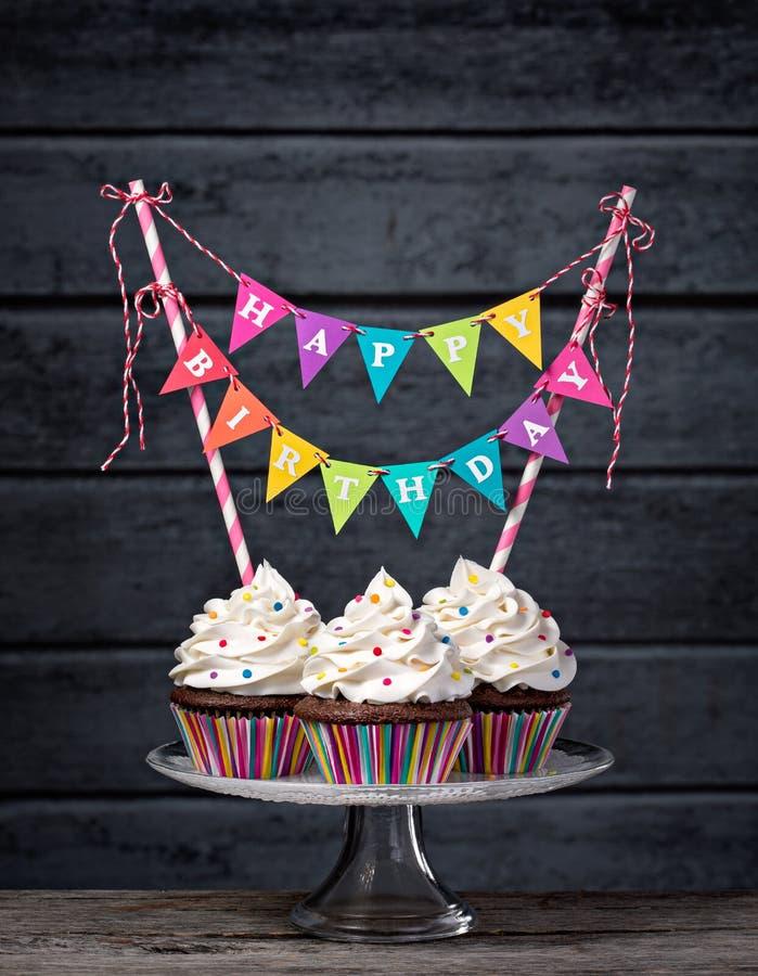 Gelukkige Verjaardag Cupcakes stock foto