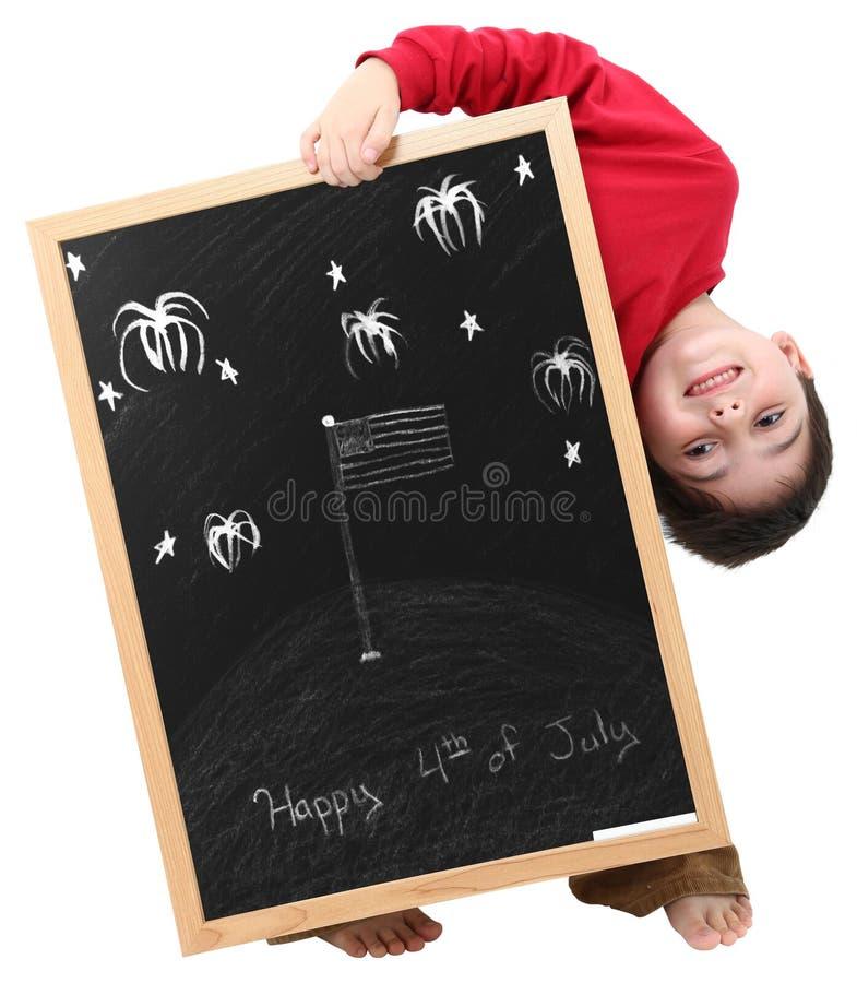 Gelukkige vierde van de Jongen van Juli met het Knippen van Weg stock afbeelding