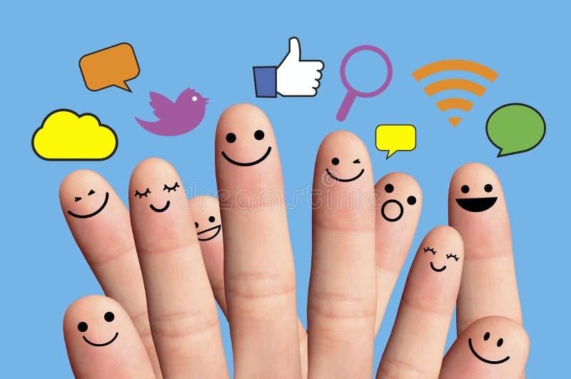 Gelukkige vinger smileys met sociaal netwerkteken. stock afbeelding