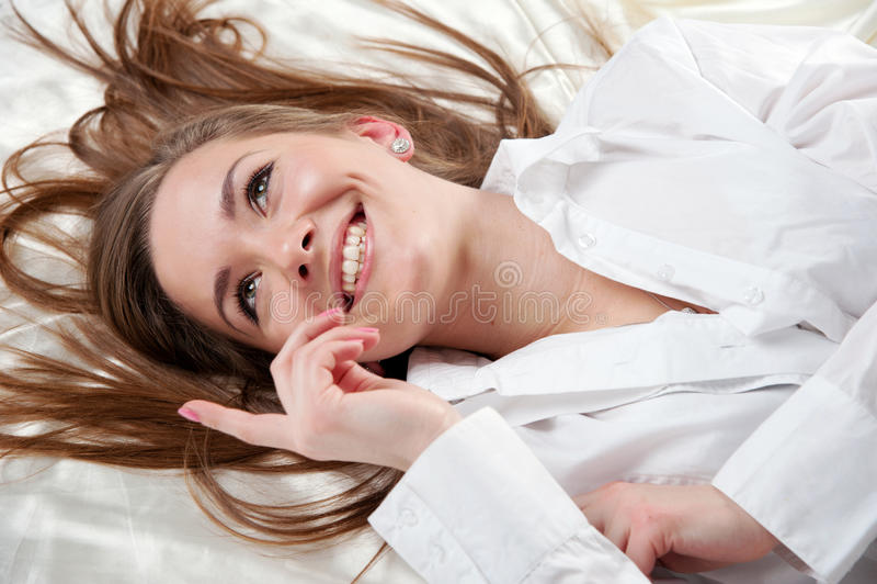 Download Gelukkige vrouw stock foto. Afbeelding bestaande uit gezond - 29509888