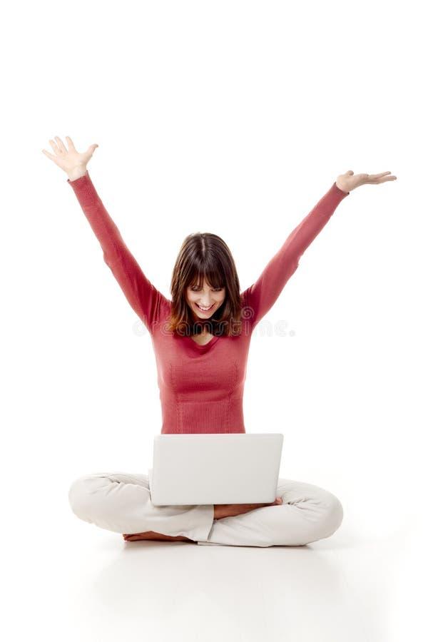 Gelukkige Vrouw Met Laptop Stock Fotografie