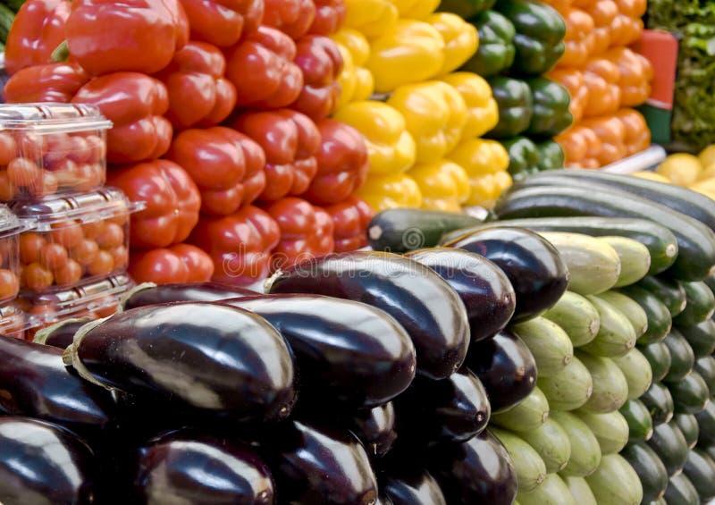 Gemüse auf dem Lebensmittelgeschäftmarkt lizenzfreie stockfotografie