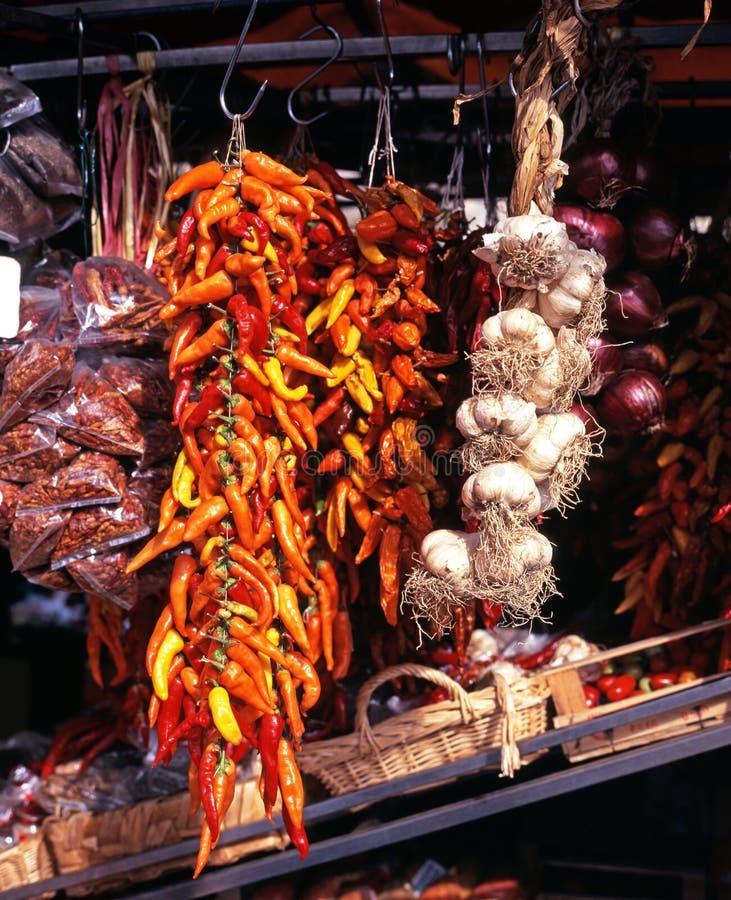 Gemüse auf Straßenrandstall, Italien. stockbild