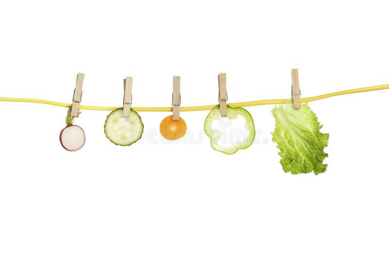 Gemüse auf Wäscheleine lizenzfreie stockfotografie