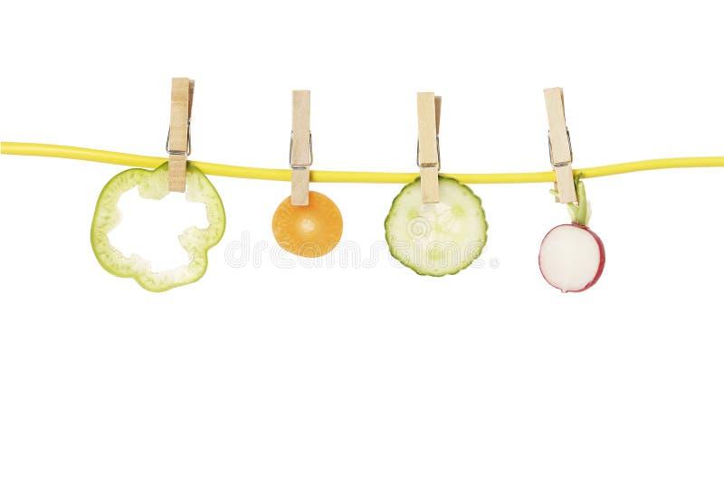 Gemüse auf Wäscheleine lizenzfreies stockfoto