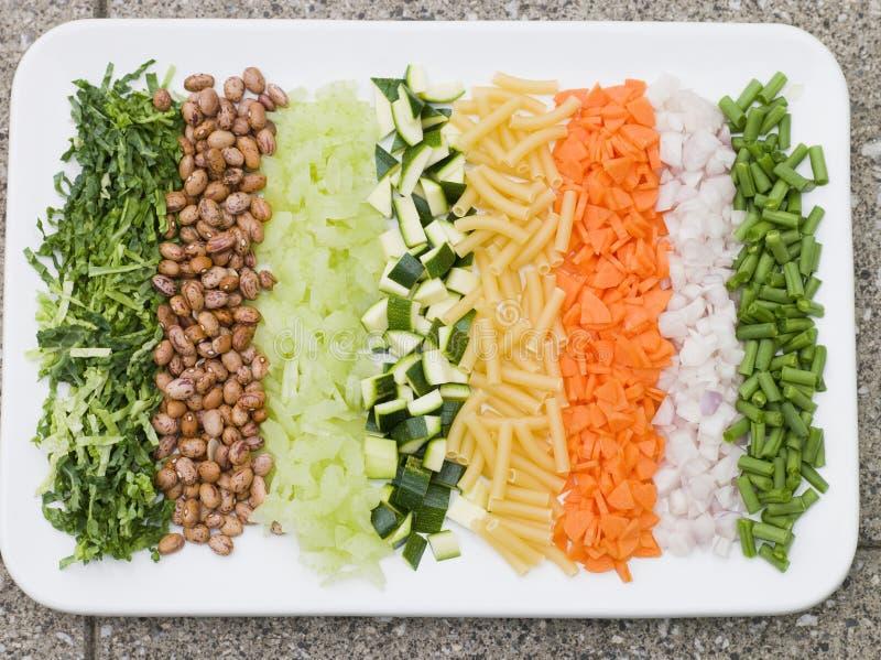 Gemüse für Minestrone-Suppe lizenzfreies stockfoto