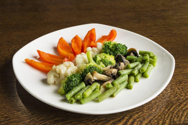 Gemüse gedämpft stockbilder