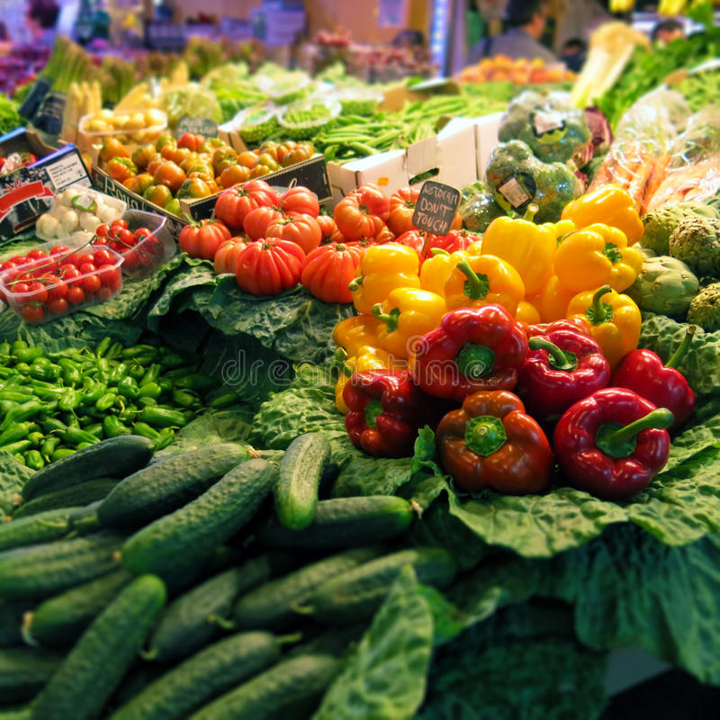 Gemüse am Markt lizenzfreie stockfotos