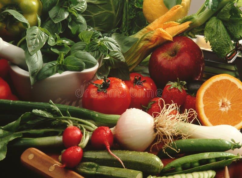 Gemüse und Frucht lizenzfreie stockfotos