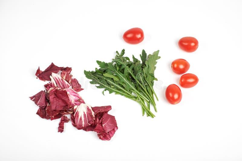 Gemüse- und Salatsatz für einen gesunden diätetischen Lebensstil lokalisiert auf weißem Hintergrund stockbilder
