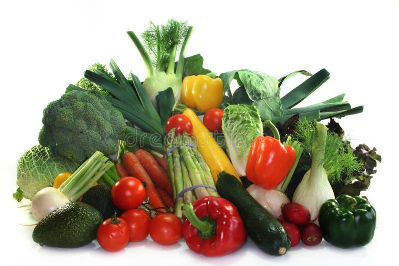 Gemüseeinkaufen lizenzfreies stockbild
