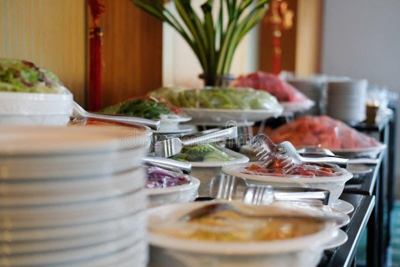 Gemüsenahrungsmittelbuffetverpflegung im Restauranthotel Essen von dinin lizenzfreie stockfotos