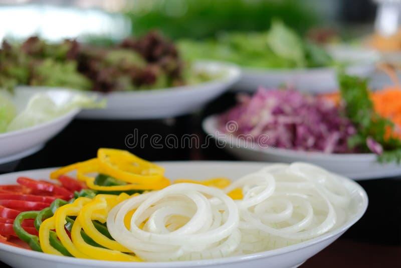 Gem?senahrungsmittelbuffetverpflegung im Restauranthotel Essen des Speisens im Bankett lizenzfreies stockfoto