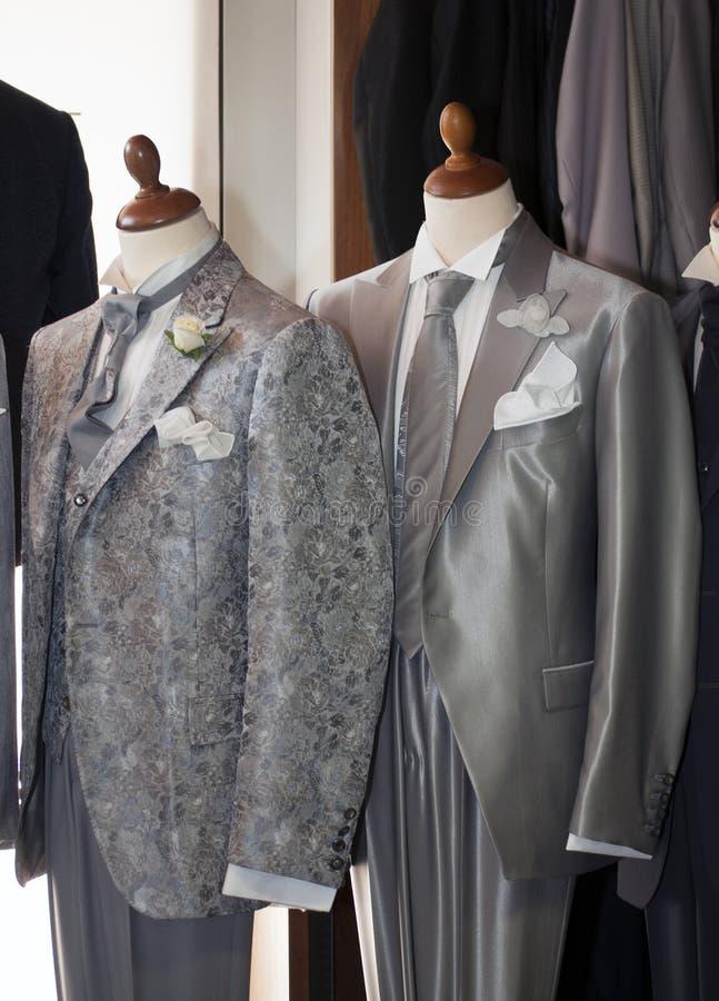 Gemaakt in Italië: gemaakte kostuums voor mensen royalty-vrije stock foto's