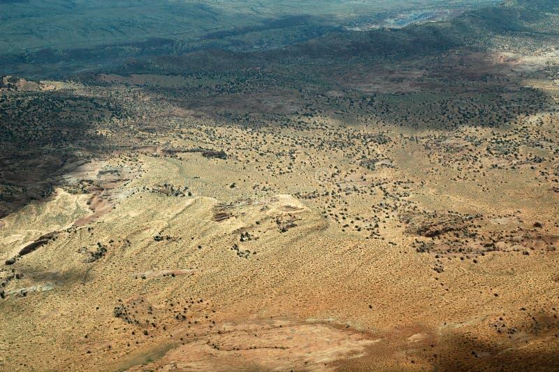 Gemalte Wüste in Arizona, USA gesehen vom Flugzeug stockfotografie