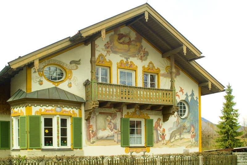 Gemaltes Haus in Oberamergau, Deutschland lizenzfreie stockfotografie