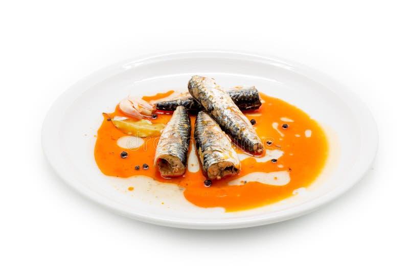 Gemarineerde makreel in tomaat souce royalty-vrije stock foto