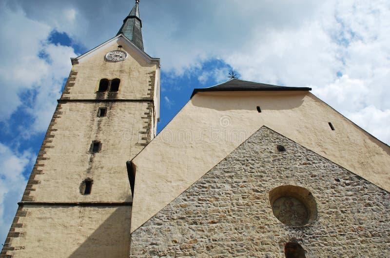 Gemeinde-Kirche des Heiligen Elizabeth in Slovenj Gradec stockbilder