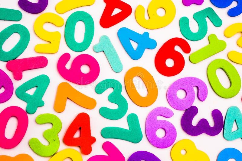 Download Gemengde Aantallen Verschillende Kleuren Stock Afbeelding - Afbeelding bestaande uit aantallen, rood: 54082145