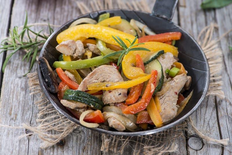 Gemengde Groenten met Vlees stock foto