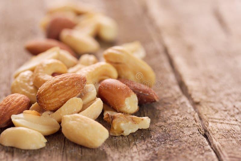 Gemengde noten. stock afbeelding