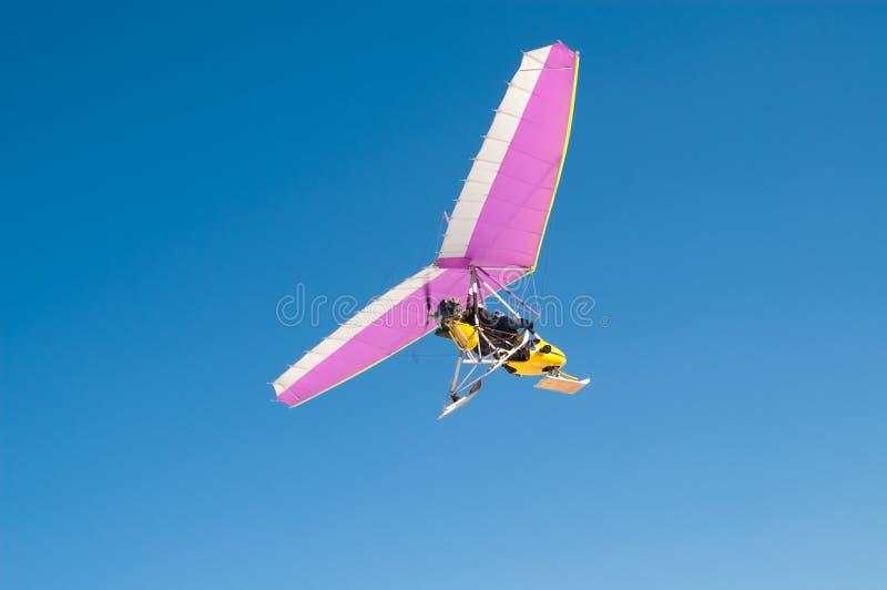 Gemotoriseerd vliegtuig royalty-vrije stock afbeelding
