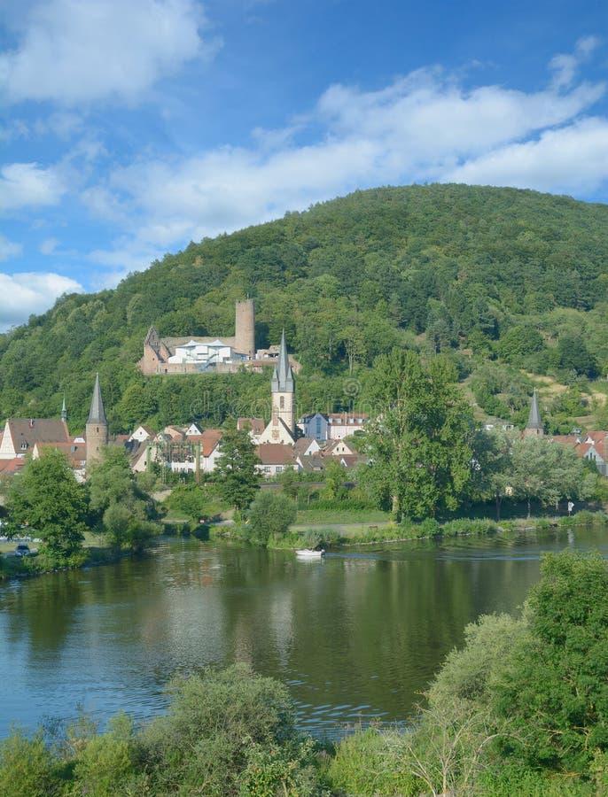 Gemuenden f.m. strömförsörjning, Spessart, Bayern, Tyskland royaltyfri foto