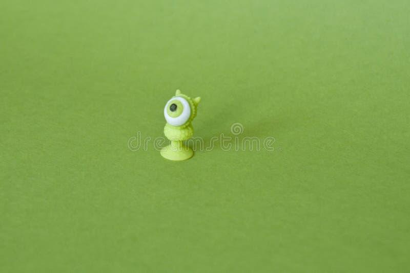 Gemusterter kleiner grüner Wurm stockfotografie