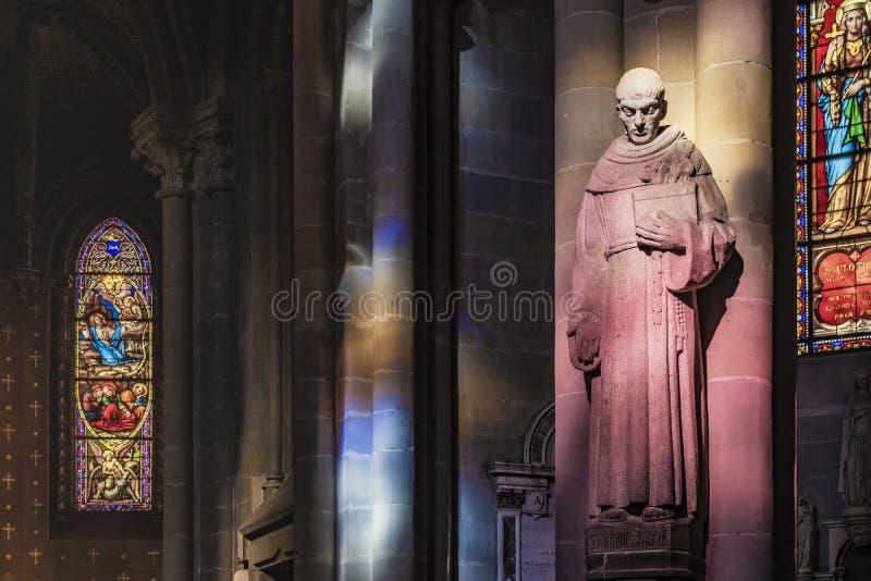GENÈVE SCHWEIZ, FEBRUARI, 2019: Inre av Genève för domkyrka för St Pierre protestant den Calvinistic arkivbilder