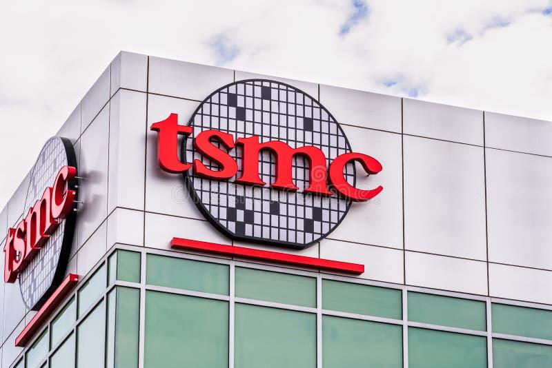 12 gen 2020 sede di San Jose / CA / USA - Taiwan Semiconductor Manufacturing Company TSMC nella Silicon Valley; TSMC è immagini stock libere da diritti