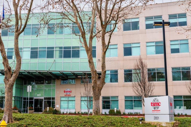 12 gen 2020 sede di San Jose / CA / USA - Taiwan Semiconductor Manufacturing Company TSMC nella Silicon Valley; TSMC è immagine stock