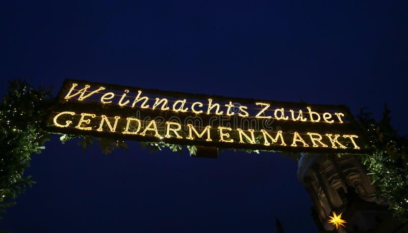 Gendarmenmarkt圣诞节市场,柏林,德国入口  图库摄影