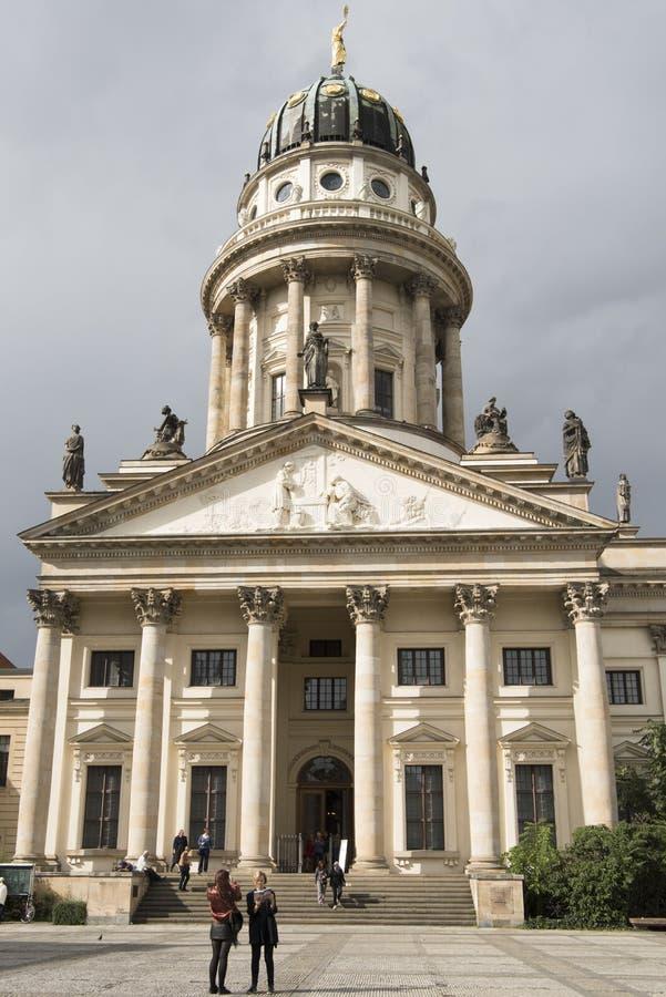 Gendarmenmarkt, Βερολίνο, γαλλικός καθεδρικός ναός στοκ φωτογραφίες με δικαίωμα ελεύθερης χρήσης