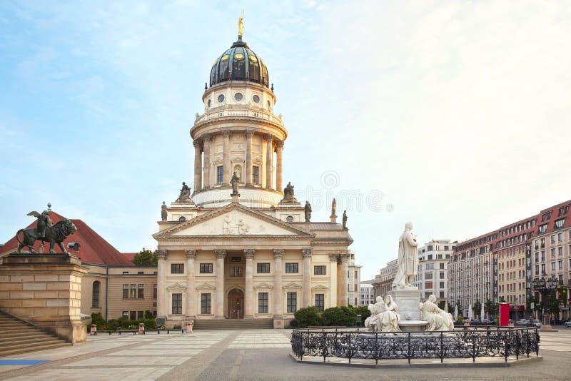 Gendarmenmarkt, catedral francesa, Berlim foto de stock royalty free