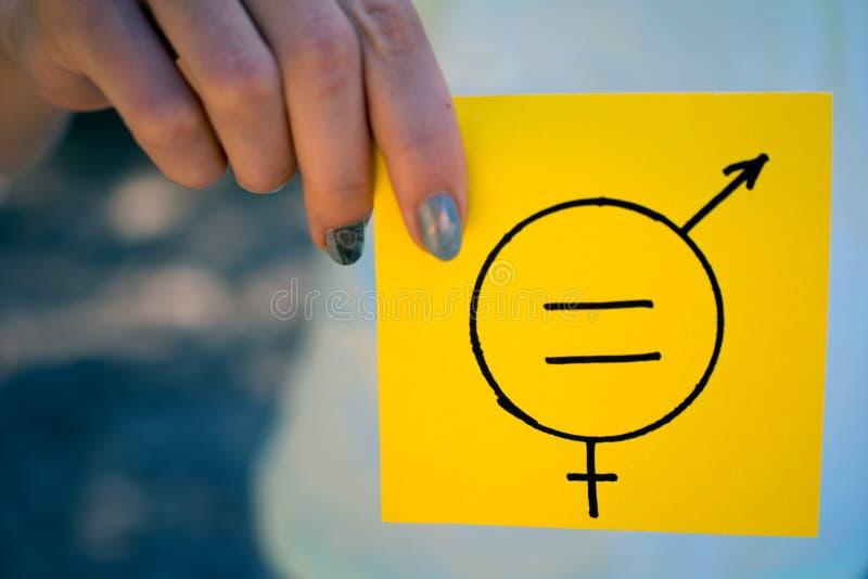 Gendergelijkheid vrouwelijk en mannelijk symbool stock foto