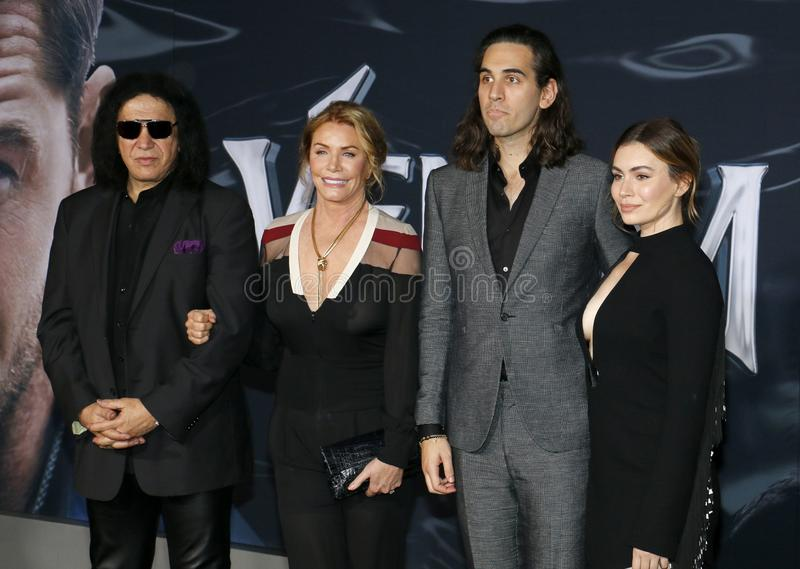 Gene Simmons, Nick Simmons, Shannon Tweed y Sophie Simmons imagen de archivo