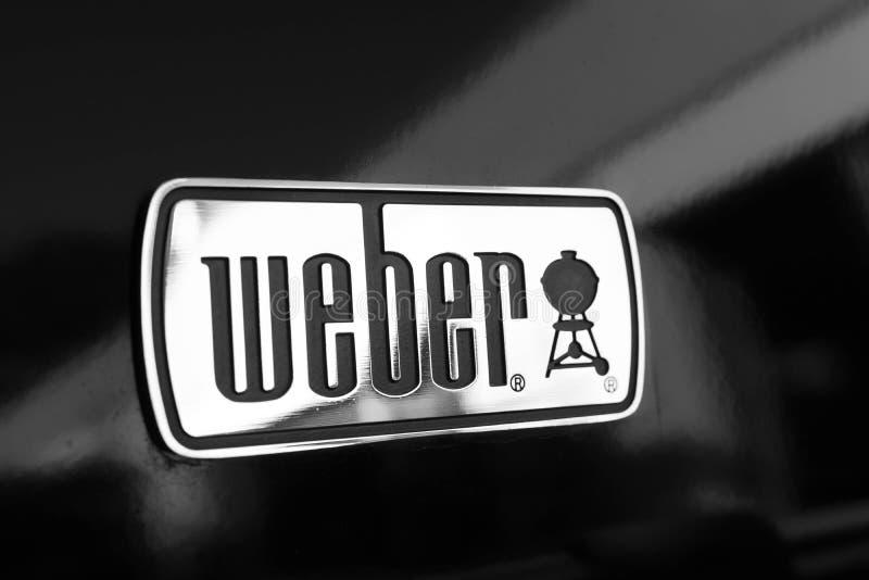 Genebra/Suíça 11 07 2018: Weber assa o verão do BBQ da grade fotografia de stock