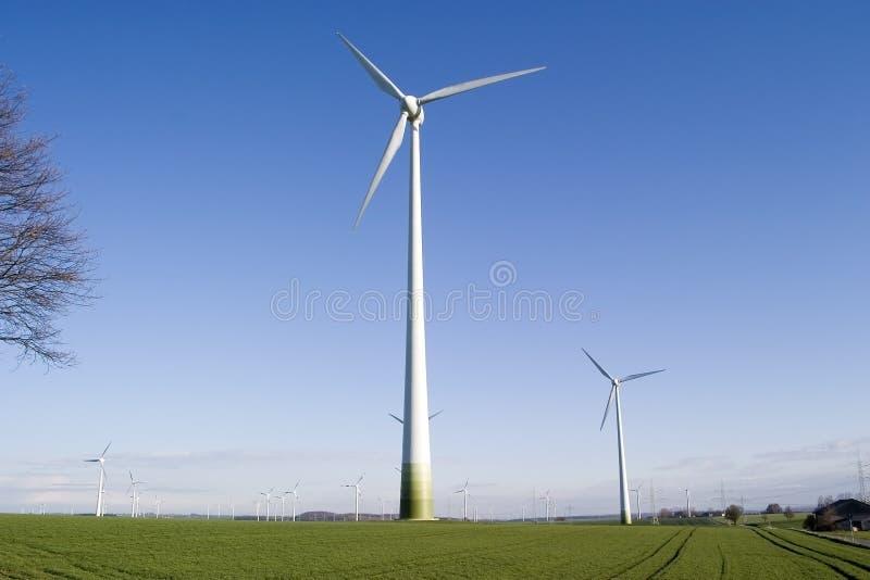 Generador de la energía eólica fotografía de archivo