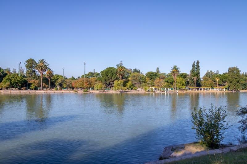 General San Martin Park Lake - Mendoza, Argentina arkivfoto